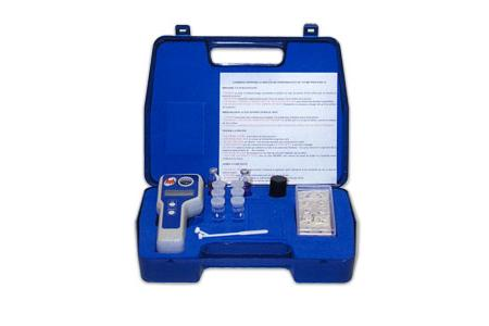 PHOTOMETRE LOVIBOND MD 100 5 (Cl,pH,stabilisant, tac et TH)